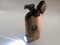 Hộp Quẹt Bật Lửa Chim Ưng Có Đèn Pin