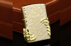 Hộp Quẹt Bật Lửa Zippo Hình Móng Rồng Chạm Nổi Cực Đẹp