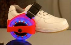 Xe Trượt 2 Bánh Lắp Giầy Phát Sáng Flashing Roller