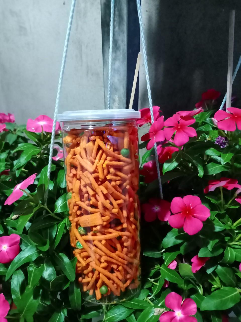 Bim Bim Bánh Que Đậu Hà Lan Tẩm Gia Vị Siêu Ngon Hộp Pet 350gr