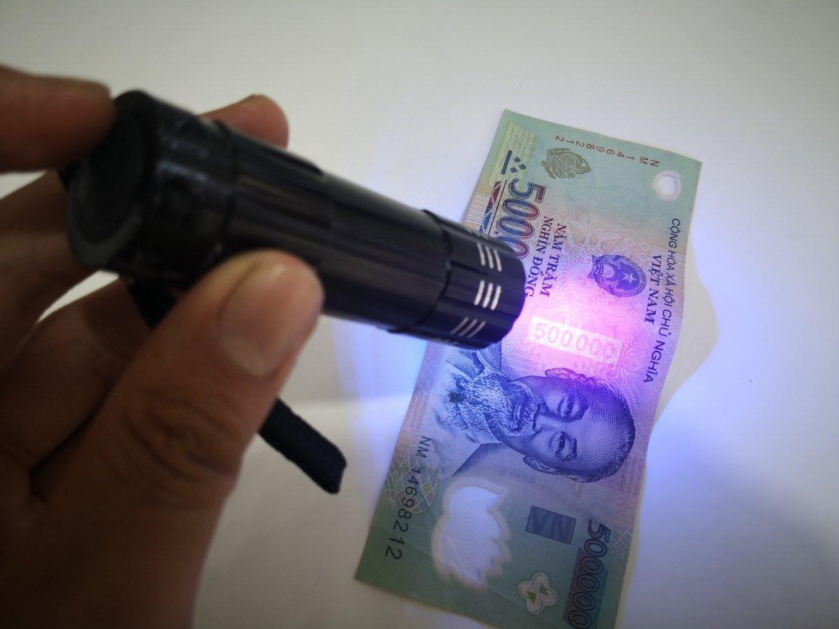 Đèn UV Led 9 Bóng 3W Chuyên Sấy Keo UV, Soi Tiền, Sấy Móng