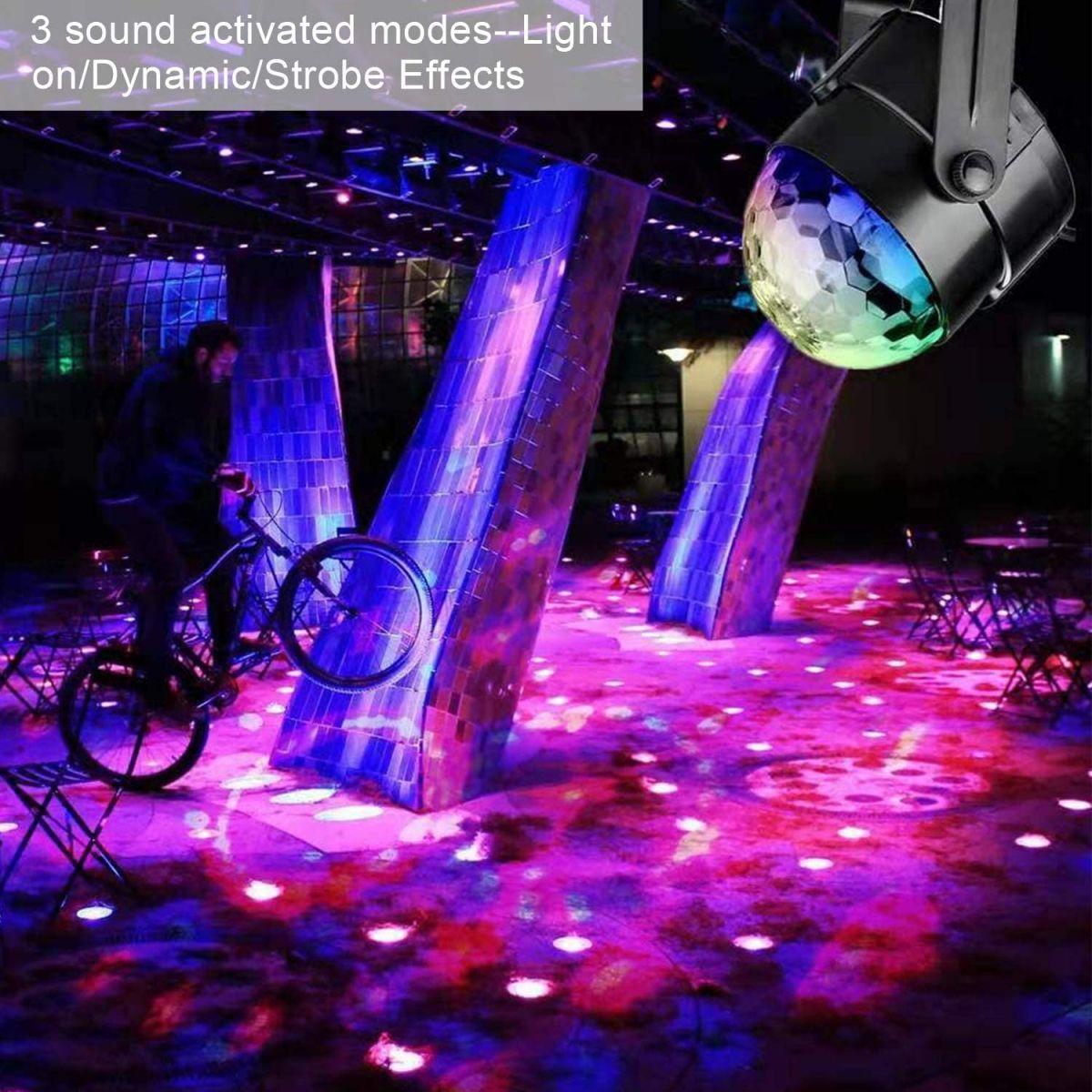 Đèn Led Vũ Trường 7 Màu Party Light Có Remote Điều Khiển 7 Chế Độ Màu Chớp Cực Đẹp