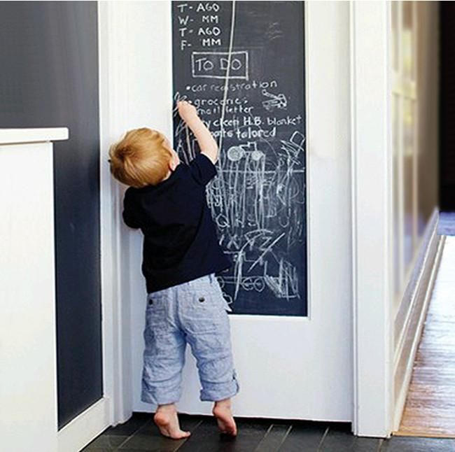 Bảng Vẽ Dán Tường Cho Bé Thỏa Sức Sáng Tạo 2m X 45cm Kèm 5 Viên Phấn