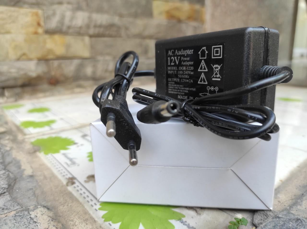 Adapter Nguồn 12V 2A DGR-1220 Chuyên Dùng Cho Loa Kéo Và Các Thiết Bị Điện Tử Có Đèn Led