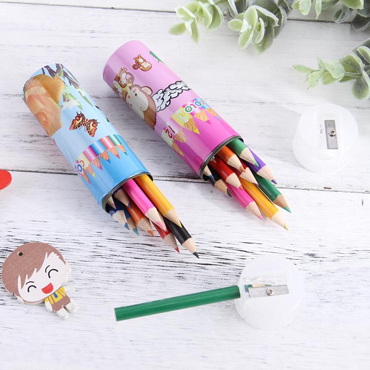 Hộp 12 Bút Chì Màu Kèm Đầu Tuốt Bút Cho Bé