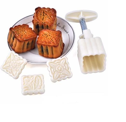 Khuôn Làm Bánh Trung Thu 50gr 4 Miếng 14x5cm