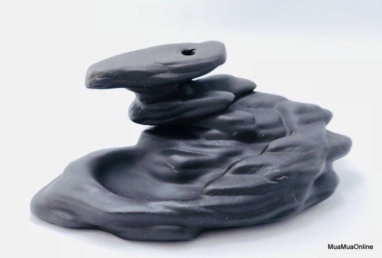 Thác Khói Trầm Hương Hình Thác Nước