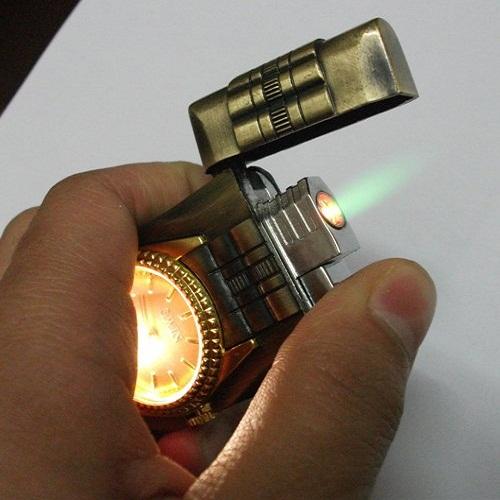 Hộp Quẹt Bật Lửa Đồng Hồ Thạch Anh Có Đèn Led Cao Cấp