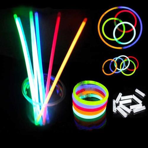 Hộp 100 Que Phát Sáng Dạ Quang Glow Stick Kèm 100 Đầu Nối