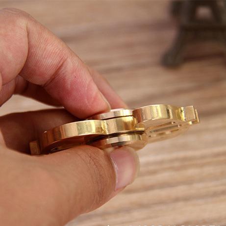 Trò Chơi Con Quay Hình Nốt Nhạc Torqbar Hand Spinner