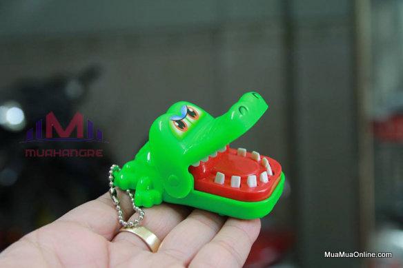 Trò Chơi Khám Răng Cá Sấu Mini Có Móc Khoá
