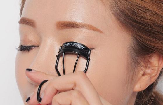 6 bước trang điểm giúp mắt bạn trông to tròn hơn
